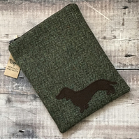 Dachshund on Green Tweed Mini iPad Bag