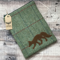 Fox On Green Tweed Mini iPad Bag