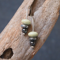 Silver butter jade earrings