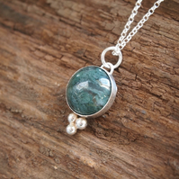Green moss agate & silver pendant