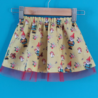 Kitsch gnomes baby girls skirt 6-12 months 74-80 cms