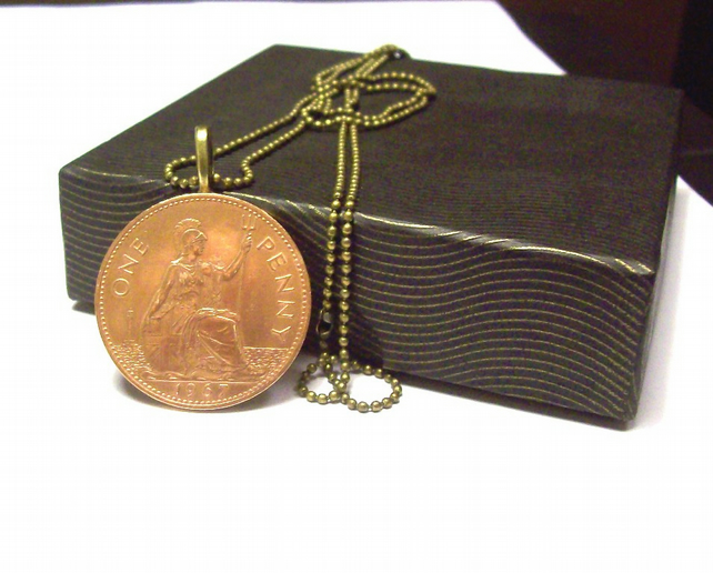 Vintage Penny Pendant with Bronze Chain