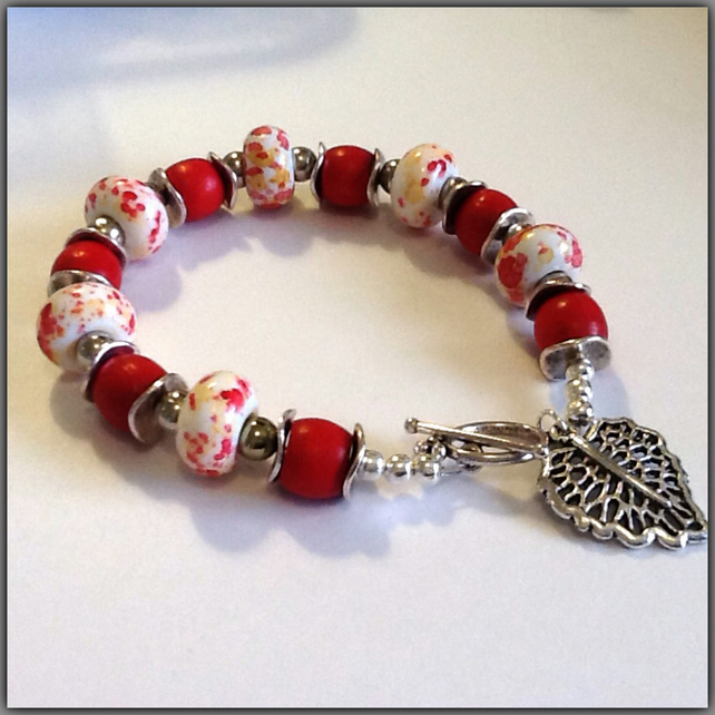 Red & Silver Beaded Bracelet Gift Boxed Birthday Christmas Gift