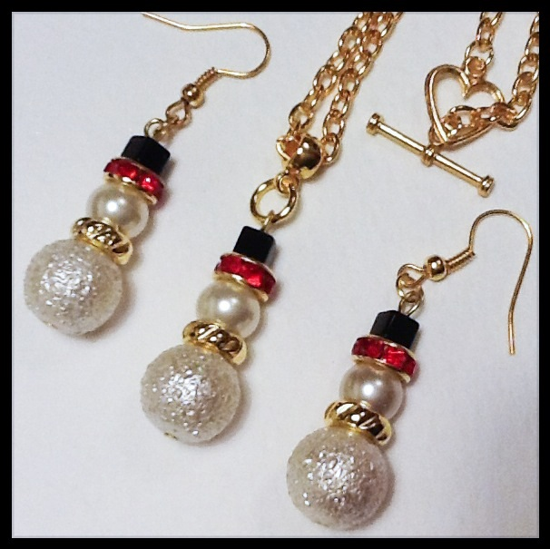 Gold Plated Christmas Necklace and Earrings