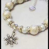 'Snowball & Snowflake' Adjustable Beaded Bracelet