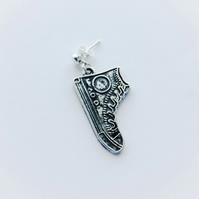 Men's Single Converse Earring