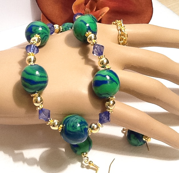 Emerald & Blue Necklace with Matching Earrings