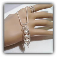 Sterling Silver Pea Pod Necklace with Swarovski Pearls