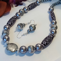 Handmade Silver Grey Necklace Set with Magnetic Clasp by Cool Creations