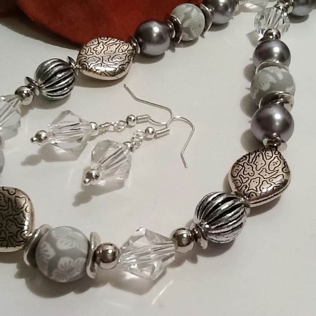 Silver Grey Handmade Necklace Set with Magnetic Clasp by Cool Creations