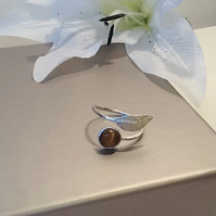 Sterling Silver Adjustable Leaf Ring with Bronze Cats Eye Gemstone