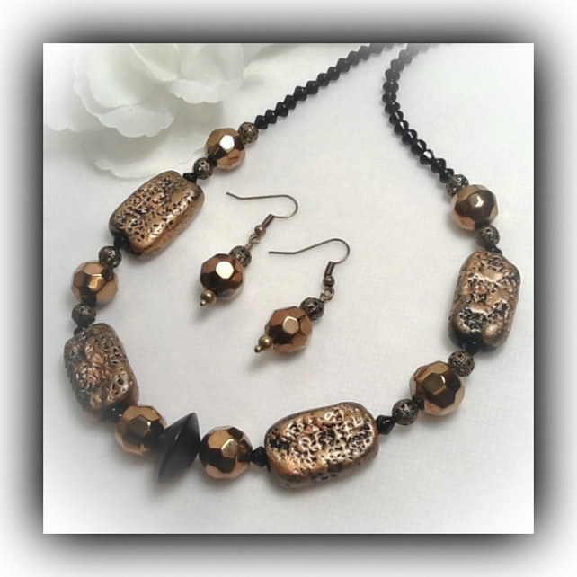 Black & Bronze Chunky Necklace with Earrings Gift Boxed Christmas Mother Gift