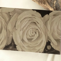 Monochrome roses card A6
