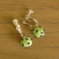 SALE - screw clasp earrings - floral ball