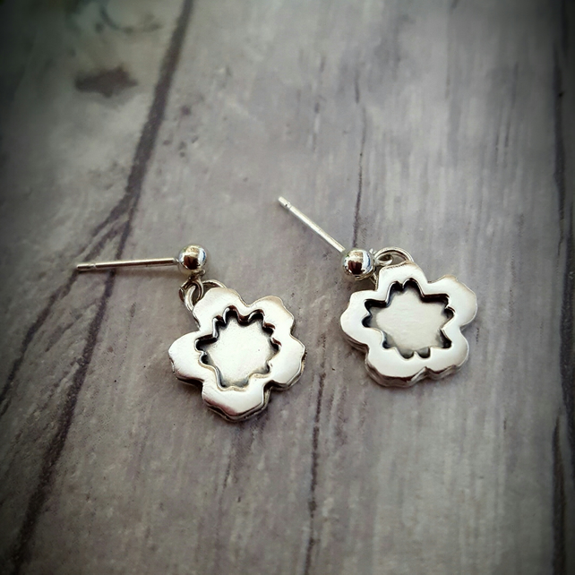 Hibiscus blossom silver stud earrings