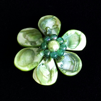 Shell Flower: Green Mother of Pearl Leaf Nuggets with Beads  (64mm)