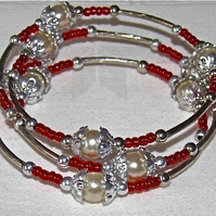 Cream Glass Pearls, Red Seed Beads, Silver-tone Memory Bracelet
