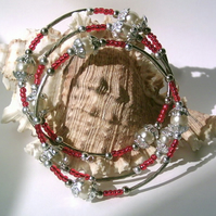 Memory Wire Bracelet with Cream Glass Pearls, Red Seed & Silver-tone Beads