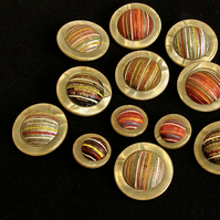 Vintage Buttons: Fabric & Plastic Golden 'UFO' 12x Ass size
