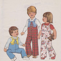 Vintage SIMPLICITY 7855 Sewing Pattern: Toddler's Coveralls size 1