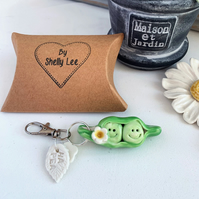 Porcelain peas in pod key ring, Ha-Peas with daisy