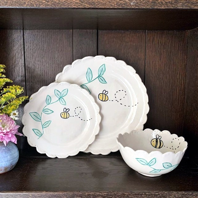 SALE Handmade porcelain bee dinner set