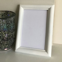 Rounded Picture Frame in White