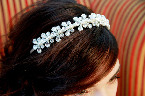 Vintage Inspired, more traditional style crystal and pearl headdress - Daisy.