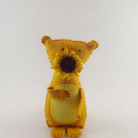 Honey Bear with Sunflower - Handmade felt gift decoration