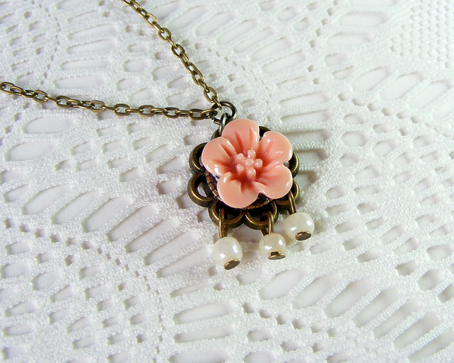 Sale 50% off! Dainty Flower Cabochon Pendant in Dusky Pink