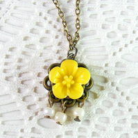 Sale 50% off! Dainty Flower Cabochon Pendant Necklace in Yellow