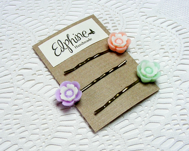 SALE! 50% off! Trio of Bobby Pins with Pastel Flowers