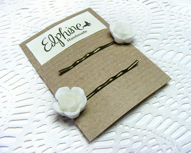 Pair of Bobby Pins with White Flower Cabochons
