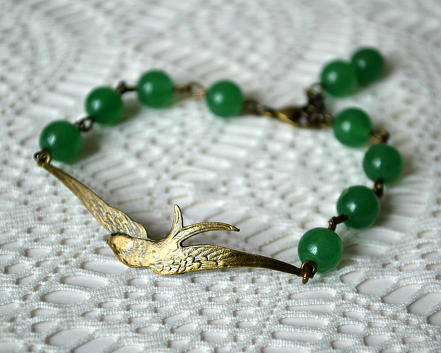 Bracelet with Jade and Soaring Bronze Bird