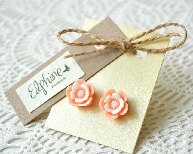 Vintage-inspired Peach Flower Earrings
