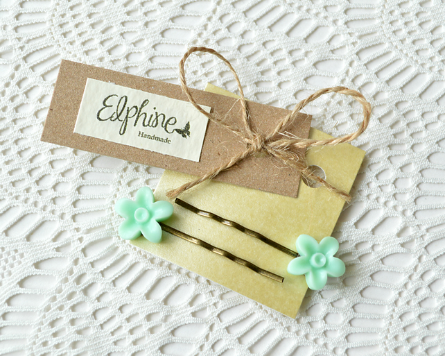 Pair of Bobby Pins with Mint-Green Flower Cabochons