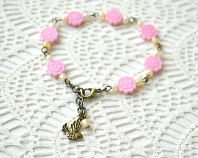 70% off! Pink Flowery Beaded Bracelet