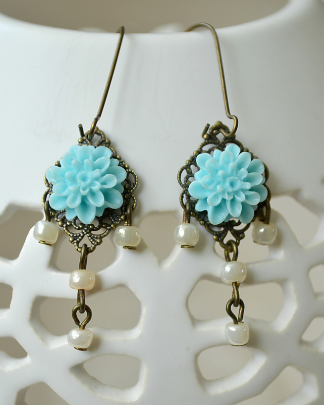Vintage Inspired Blue Cabochon Earrings