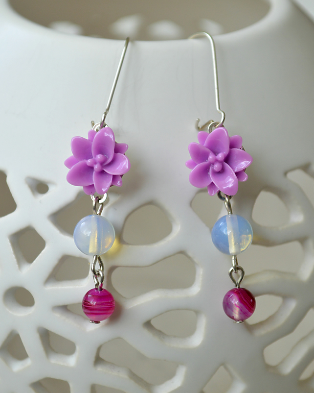 Sale! 20% Off! Purple Flower and Bead Earrings