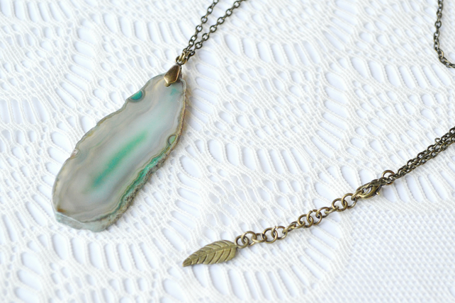 Sea Green Agate Pendant Necklace