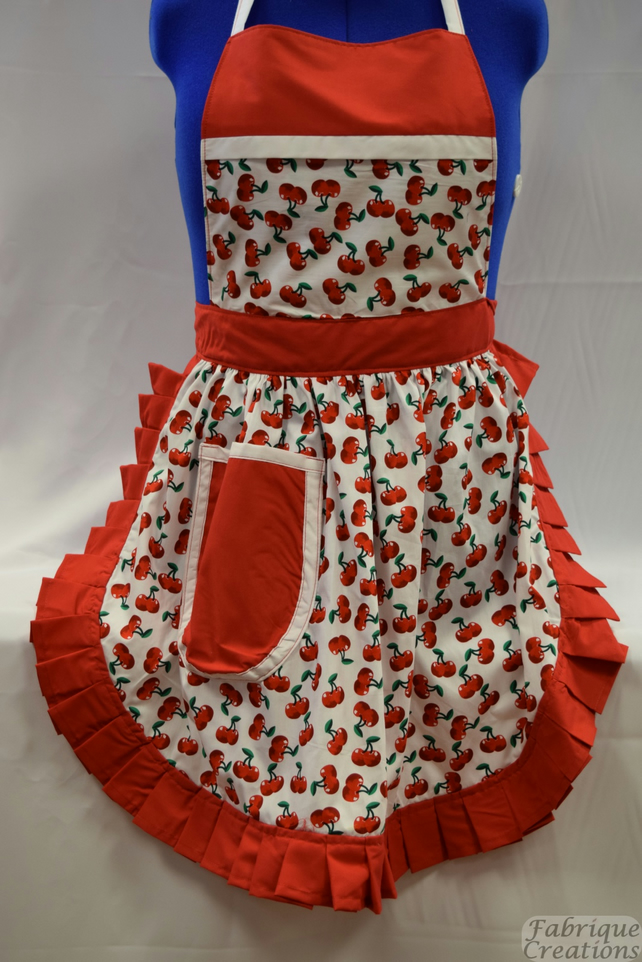 Vintage 50s Style Full Apron Pinny - White & Red - Cherries (Cherry)