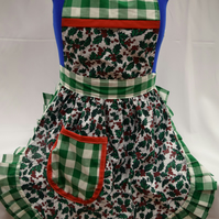 Vintage 50s Style Full Apron Pinny - Christmas Holly on White with Green Trim
