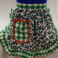 Vintage 50s Style Half Apron Pinny - Christmas Holly on White with Green Trim