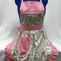 Vintage 50s Style Full Apron Pinny - Ivory with Pink & Purple Flowers & Gingham