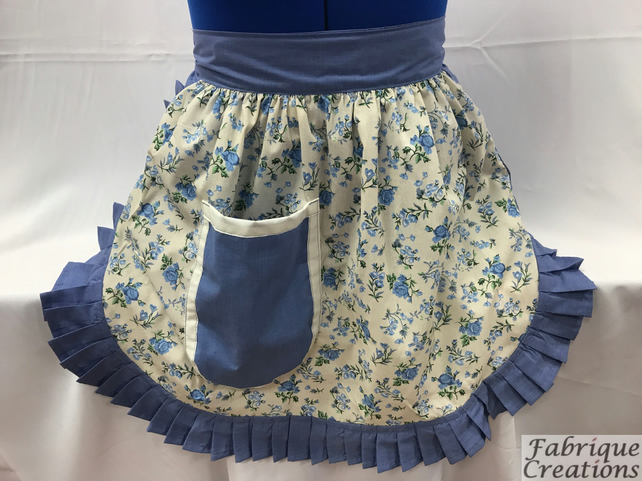 Vintage 50s Style Half Apron Pinny - Cream (Flowers) & Cornflower Blue Trim