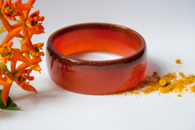 "resin bangle ""curry"""