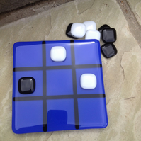 Fused glass Tic Tac Toe, Naughts and Crosses