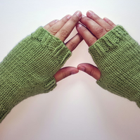 Cozy Wool Mittens