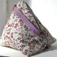 Pyramid bag- Partridge in a pear tree (cream)