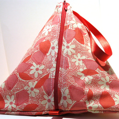 Pyramid Bag- Poppy